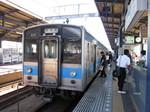 多度津行きの普通列車…